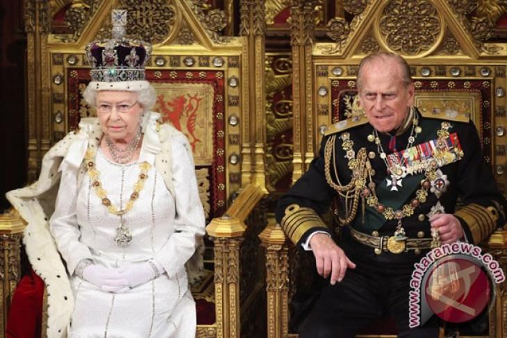 Ratu Elizabeth dan Pangeran Philip rayakan pernikahan platinum