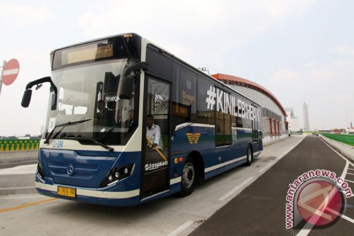 Sambut Gubernur-Wagub DKI, Transjakarta gratiskan bus ke Balai Kota