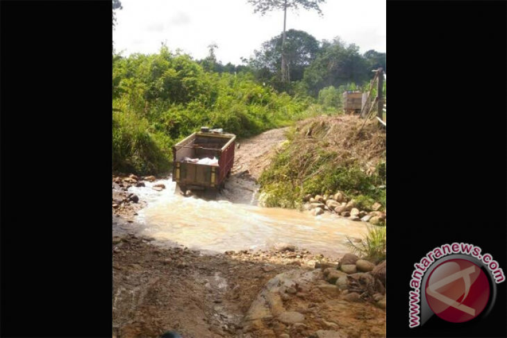 Semester I 2019, Bulog Putussibau salurkan 781 ton Rastra