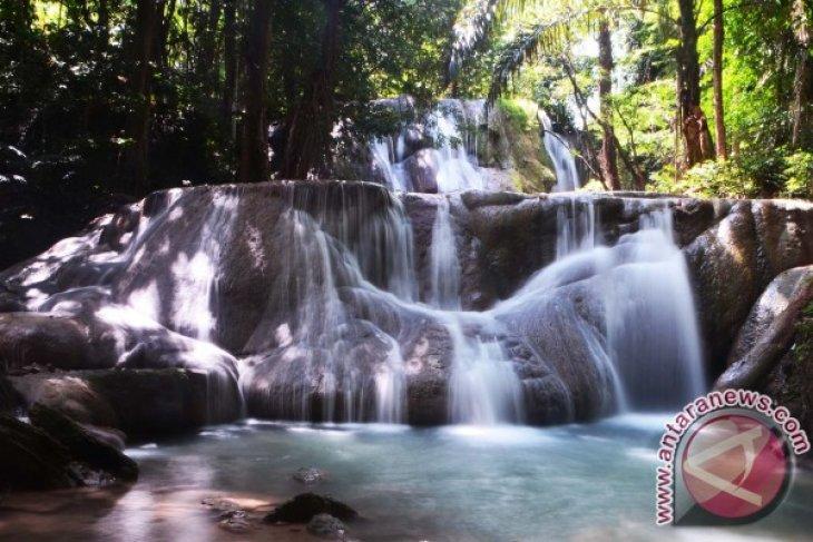 Percantik air terjun Oenesu, Pemkab Kupang bangun fasilitas wisata