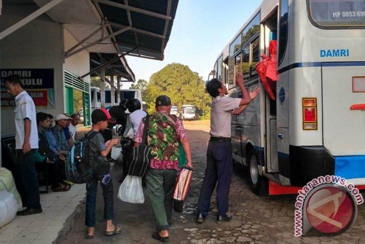 Tiket pesawat mahal, penumpang bus ke Bengkulu naik 30 persen