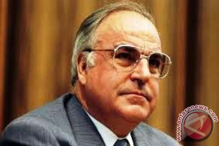 Former German Chancellor Helmut Kohl has Died at 87