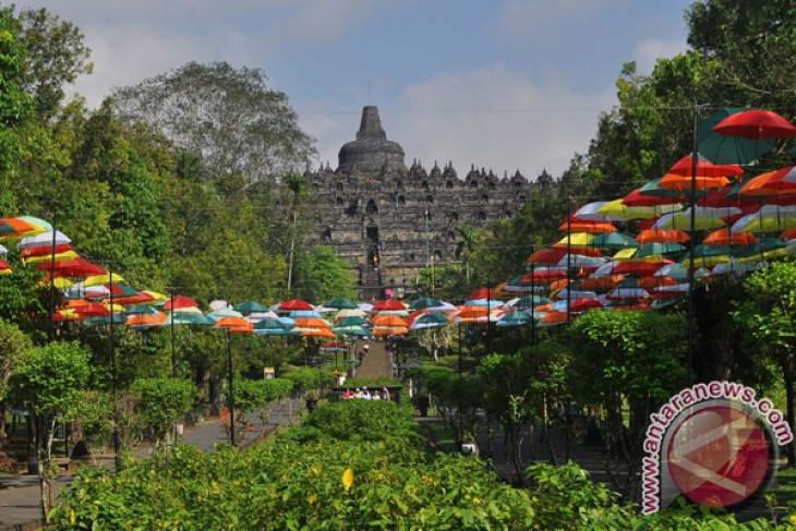 Payung Warna-Warni Borobudur