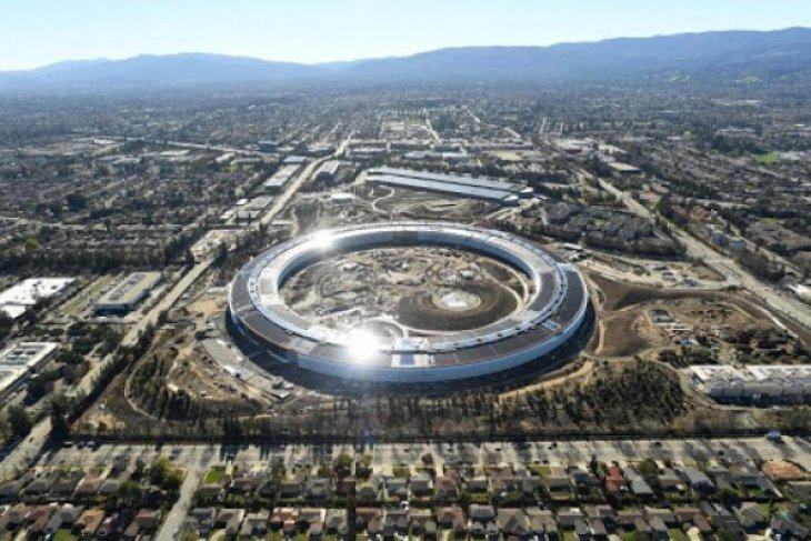Apple HomePod segera meluncur