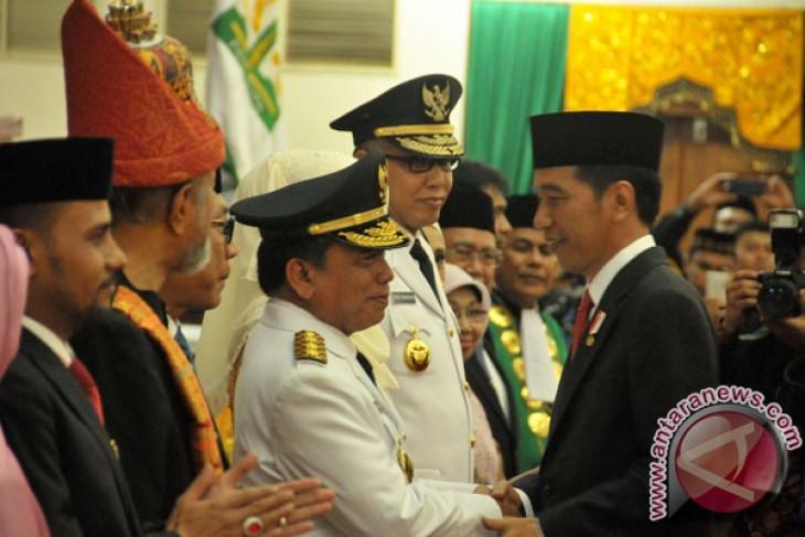 Jokowi congratulates Yusuf on inauguration as Aceh governor
