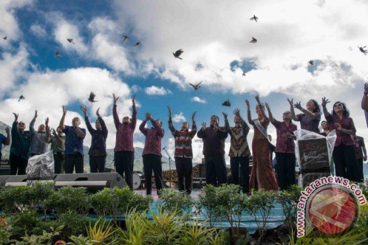 Kemenpar sebut tiga strategi pariwisata: komitmen CEO, Bali baru, ZEK pariwisata