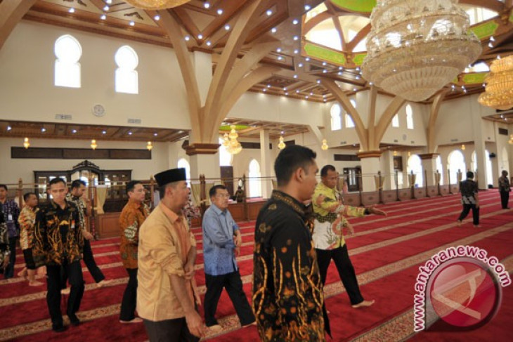 Prevent infiltration of radicalism in mosques in Indonesia`s universities: VP