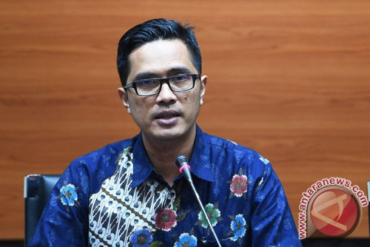 Pemeriksaan internal KPK terhadap dua mantan penyidik berlanjut