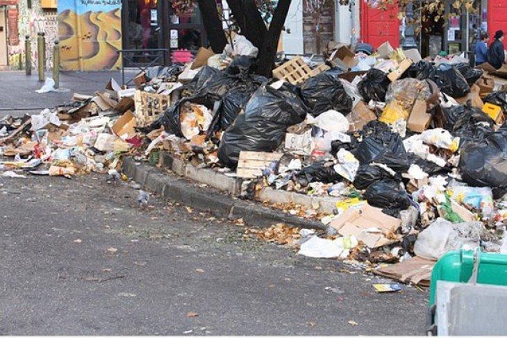 Garut kesulitan atasi sampah