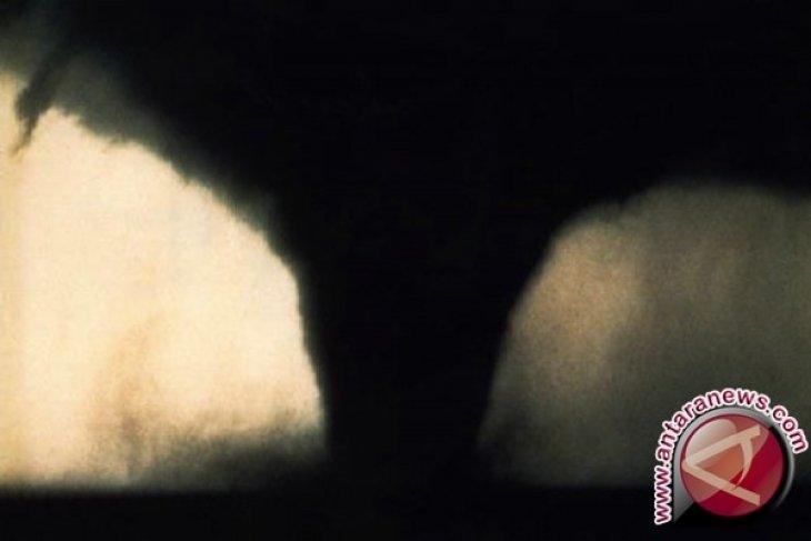 Tornado terjang Oklahoma, lebih dari 30 orang cedera
