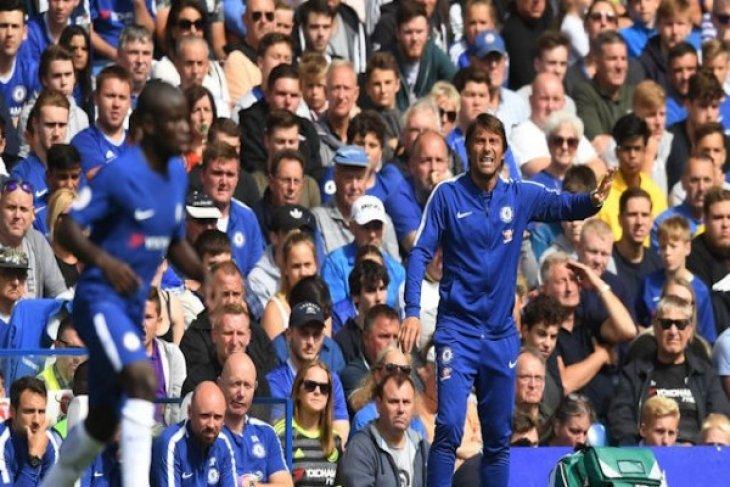 Chelsea mendatangkan kiper termahal dunia
