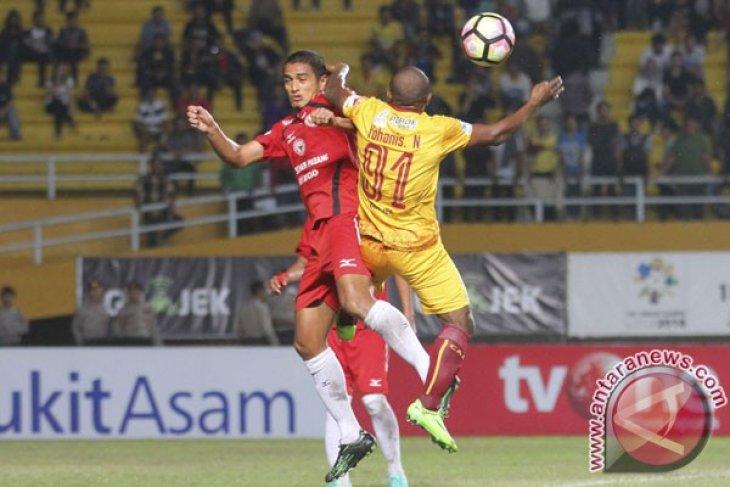 Sriwijaya FC Lawan Semen Padang