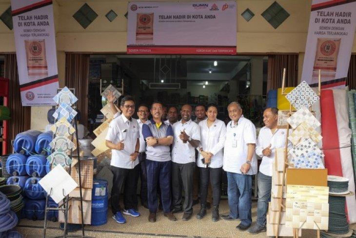 Kementerian BUMN Tinjau Kesiapan Toko Pengecer Semen di Kabupaten Puncak Jaya-Wamena