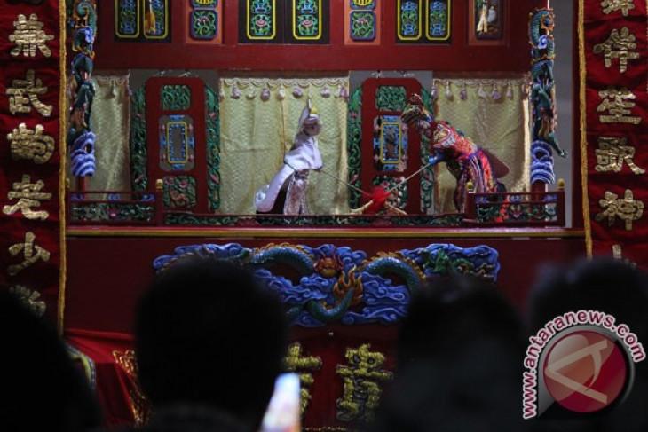 Wayang potehi sambut Imlek 2569 di Klenteng Kong Ling Bio