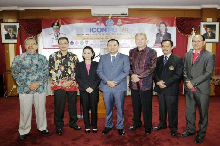 Gubernur Lampung Ridho Ficardo Menjadi Pembicara Di ICONPO VII