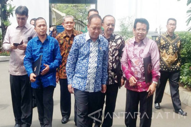 16 Perwakilan PTN-PTS Bertemu Presiden Jokowi (Video)