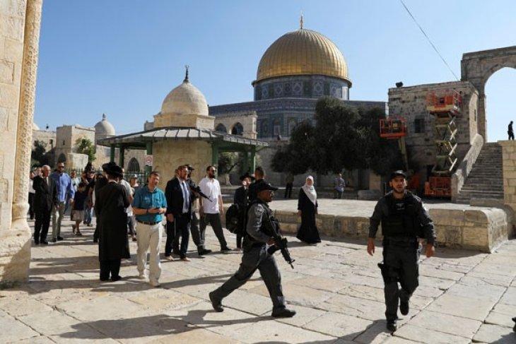Anggota Parlemen Israel diizinkan masuki tempat suci Yerusalem