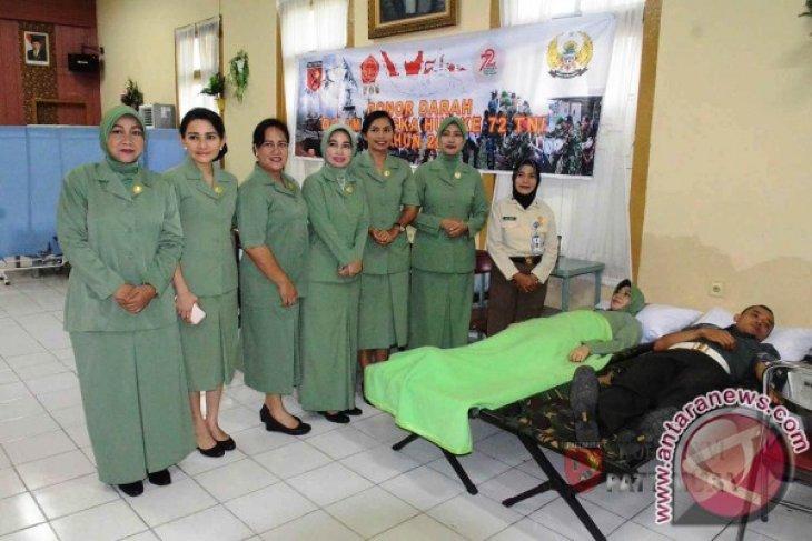 Kodam Pattimura Gelar Donor Darah Khitanan Massal