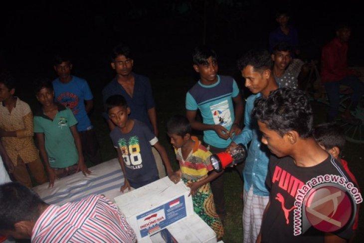 Hari ini Indonesia pasang tenda pengungsi Rohingya di Teknaf