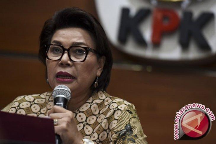 Sejumlah istri menteri mendatangi KPK, Ada apa?