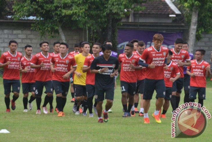 Bali United tahan imbang Barito Putera 1-1