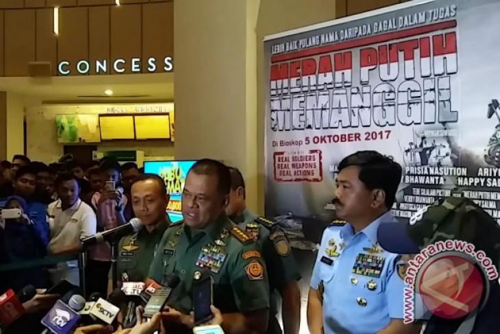 "Panglima TNI tonton ""Merah Putih Memanggil"""