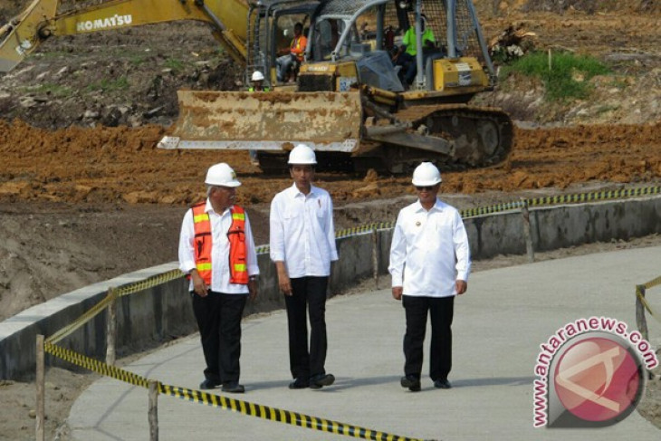 Presiden dorong percepatan pembebasan lahan tol Sumut