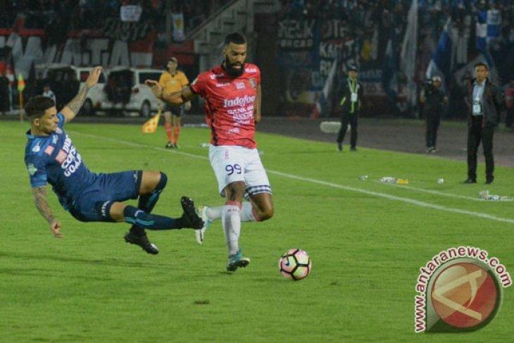 Semua andalan Bali United turun menghadapi Arema besok