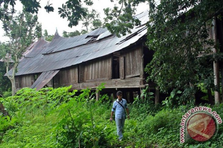 Masyarakat hibahkan 51 rumah gadang untuk direvitalisasi