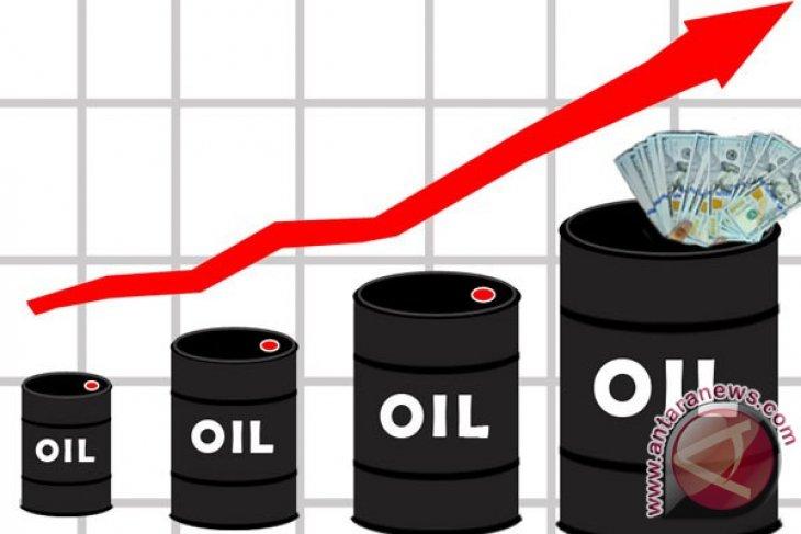 Harga minyak dunia naik lebih dari satu persen karena risiko Iran
