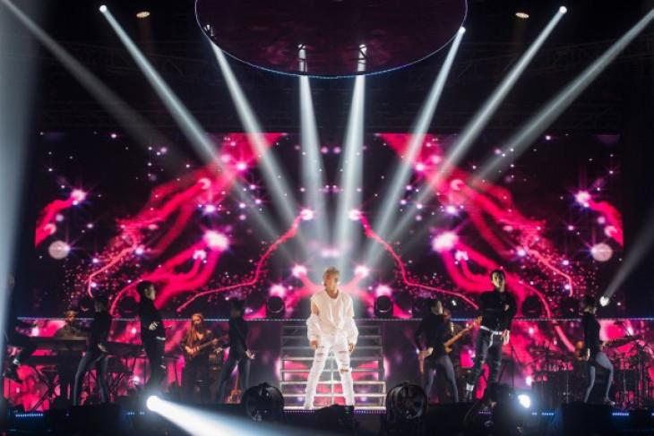 "Taeyang buka konser ""White Night in Jakarta"" dengan ""Ringga Lingga"""
