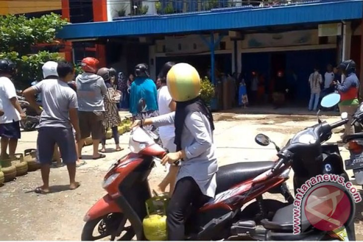 Warga Mukomuko harapkan penambahan pasokan elpiji