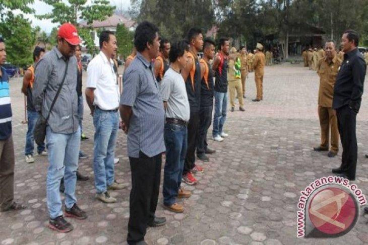 Tim Perahu Naga Samosir Diberangkatkan ke Padang