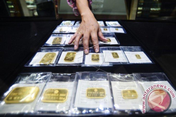 Aksi mengambil untung, emas berjangka turun 0,41 persen