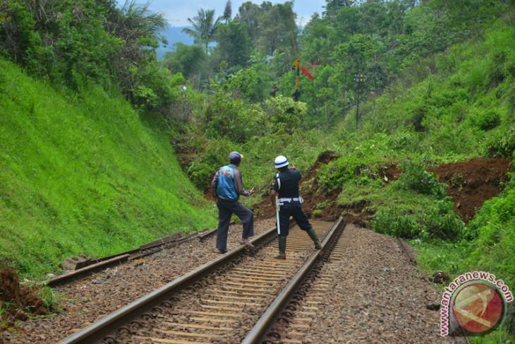 KA jalur selatan Jabar aman pasca-gempa