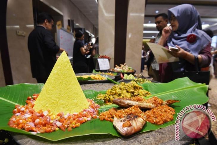 Taman Pengayoman Temanggung dilengkapi 50 kios kuliner