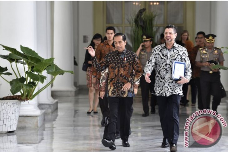 Jokowi receives WB representative for discussion on global economy