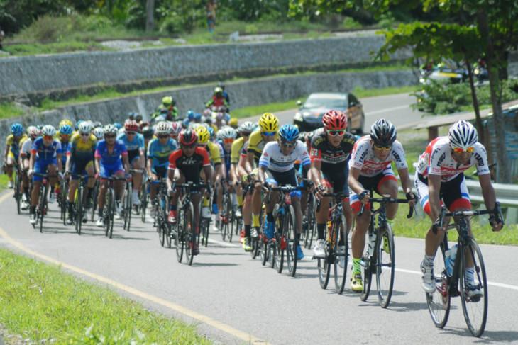 Timnas balap sepeda Asian Games diuji di Tour d` Indonesia