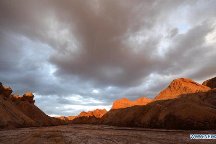 """China bangun """"Desa Mars"""" di Qinghai"""