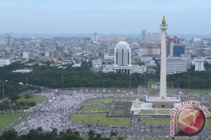Majority of 212 reunion rally`s participants are Subianto`s supporters: Researcher