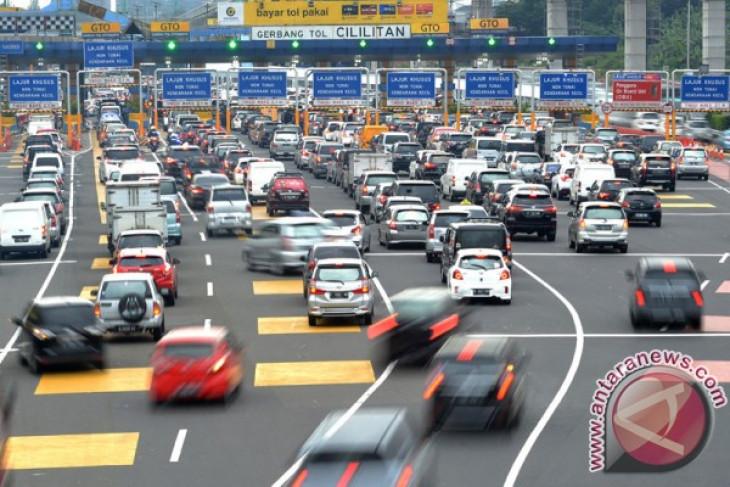 DPR minta pemerintah agar jangan tergesa-gesa naikkan tarif tol