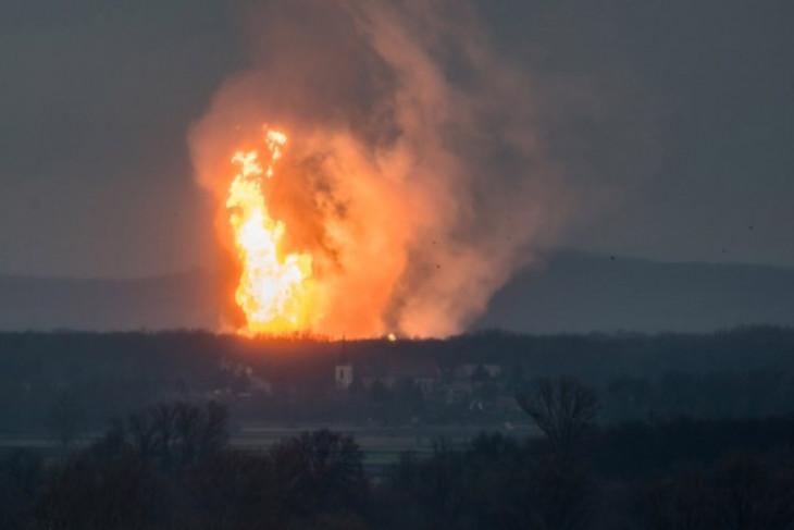 Ledakan saluran gas rusak beberapa gedung di Amerika Serikat