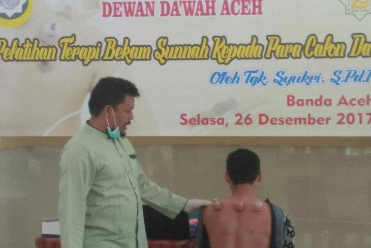 Dewan Dakwah Aceh gelar pelatihan terapi bekam sunnah