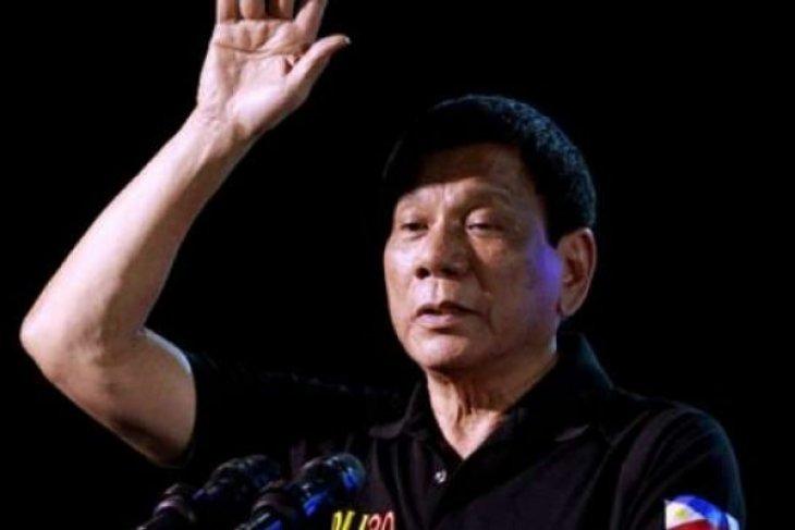 Jajak pendapat: Warga Filipina puji perang narkoba  Duterte