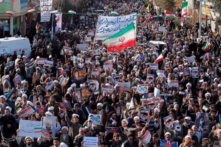 Iran selenggarakan pawai pro-pemerintah setelah unjuk rasa hari keenam