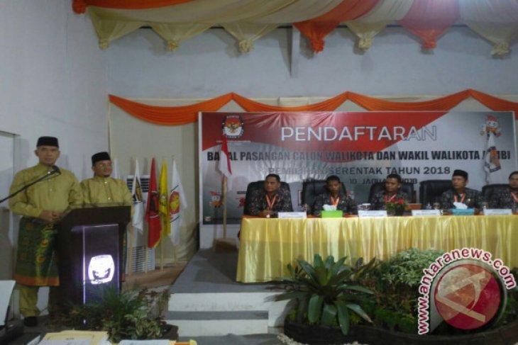 KPU terima berkas pendaftaran Fasha-Maulana
