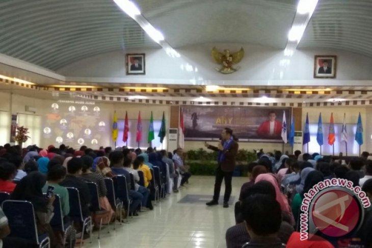 AHY Bicara Soal Pemimpin Muda di Unpatti