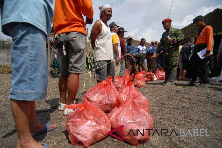 Kopassus berikan bantuan sembako kepada korban gempa Lebak
