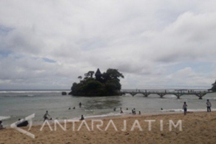 Pemkab Malang Targetkan 300 Ribu Wisatawan Kunjungi Balekambang