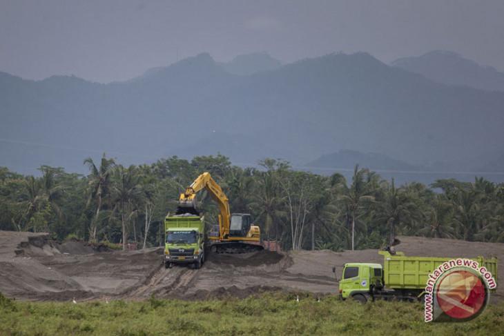 Pembebasan lahan bandara Kulon Progo ditargetkan selesai Maret